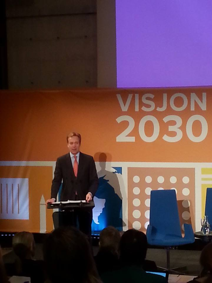 Foreign Minister of Norway, Børge Brende, mentions Yellow Babay during his speech at the conference. Photo: Victoria Isern